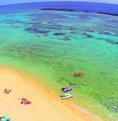 Enjoy A Day Full Of Fun In The Beach Club At Deadman S Reef Famous Snorkeling Spot Near Freeport Bahamas One Best Things To Do Grand Bahama