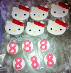 Fondant birthday Hello kitty and numbers cupcake toppers!