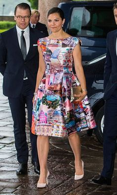 Crown Princess Victoria of Sweden wore a graphic architecture print dress to an official dinner with the Danish royals at Stockholm City Hall. Princess Victoria Of Sweden, Crown Princess Victoria, African Women, African Fashion, Skirt Fashion, Fashion Dresses, Princesa Victoria, Royal Dresses, Royal Fashion