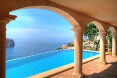 Repräsentatives Herrenhausanwesn Mallorca in Puerto Andratx, Meerblick weit über das Mittelmeer! http://www.casanova-immobilienmallorca.de/de/suchergebnis/234048/Luxusimmobilie-Mallorca-Mediterrane-Villa-mit-Meerblick