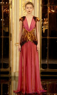 Rami al Ali fabulous pink and coppered textured gown Kaftan, Rami Al Ali, Prom Dresses, Formal Dresses, Queen, Couture Collection, Beautiful Gowns, Dream Dress, Luxury Fashion