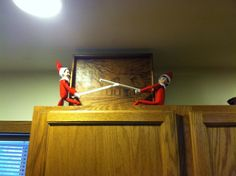 Elfie Day 21 - at the cabin with cousin elf, Fonkie