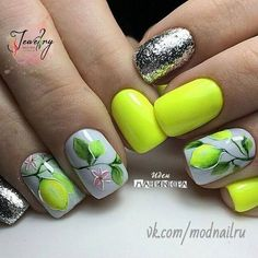 Manichiura de vară: 20 de Idei de care te vei îndrăgosti imediat! | Eu stiu Shellac Nail Art, Glitter Nail Art, Nail Manicure, Neon Nails, Yellow Nails, Beautiful Nail Designs, Cool Nail Designs, Cute Nails, Pretty Nails