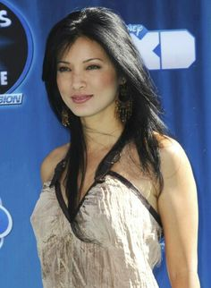 Photo of Kelly Hu - Hollywood Premiere of The Disney Channel Original Movie Phineas and Ferb Across the Second Dimension - Picture Browse more than pictures of celebrity and movie on AceShowbiz. Beautiful Girl Body, Beautiful Asian Women, Amazing Women, Beautiful Ladies, Asian Celebrities, Beautiful Celebrities, Celebs, Celebrity Look, Celebrity Pictures