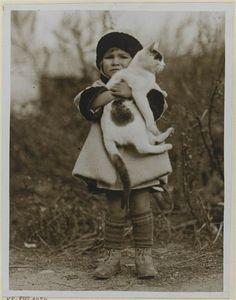 girl holding her car