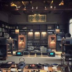 High end audio audiophile listening room. room audiophile Best Picture For hiend Audio . Sound Room, Audio Room, High End Audio, Hifi Audio, Home Cinemas, Audio System, Audiophile, Home Theater, Horn Speakers