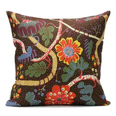 Discover high quality textiles at Svenskt Tenn. Svenskt Tenn has a wide range of beautiful textile patterns and materials. Josef Frank, Cushions On Sofa, Throw Pillows, Classic Cushions, Unique Sofas, Textiles, Silk Art, Decorative Cushions, Fabric Wallpaper