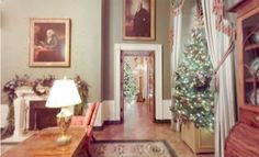 The White House is decked in its holiday trimmings, and you can get an up close and personal look at those decorations from the comfort of your living room and Virtual Reality Apps, Vr, Deck, Tours, Decorations, Living Room, Mirror, Google, Holiday