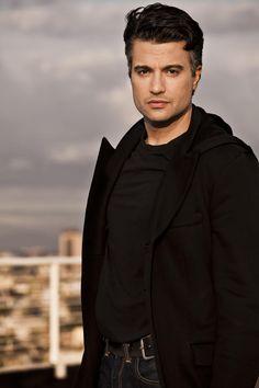 Una entrevista exclusiva al actor mexicano Jaime Camil ! :) Por Ximena Martínez para El Siglo de Torreón // Múltiples transformaciones, un gran artista