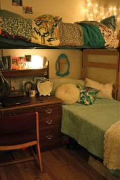 dorm room idea!! I love this. Unfortunately I don't meet my room mate until we move in so we cant coordinate our room colors :(