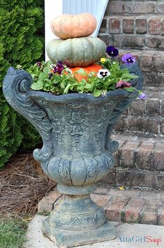 Simple Fall Decorating Ideas for the Front Porch