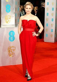 Smoking-hot! The Glee actress sported a fire-engine red tulip dress with a satin waist-cinching element.