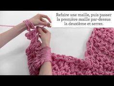 La Mercerie du Faubourg aime ce tuto vidéo ▶ Tricot avec les bras pour débutantes - YouTube