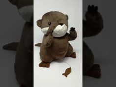 Spieluhr Otter mit auld long syne als Melodie Otters, Teddy Bear, Make It Yourself, Youtube, Otter, Teddy Bears, Youtubers, Youtube Movies