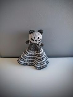Ravelry: Kitty the Cat Blanky pattern by Built By Boo