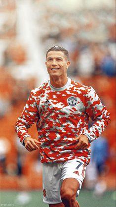 Cristiano Ronaldo Style, Cristiano Ronaldo Quotes, Cr7 Ronaldo, Football Soccer, Football Players, Neymar Jr Hairstyle, Adidas Iphone Wallpaper, Manchester United, Cute Guys