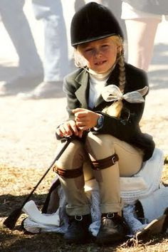 Young Equestrian -- So cute! Bows and jods Downton Abbey, English Style, English Manor, Equestrian Chic, Little Girls, Little Ones, Horse Love, Horse Riding, Beautiful Horses