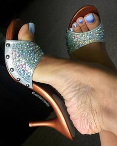Hot High Heels No photo description avai… Open Toe High Heels, Hot High Heels, High Heels Stilettos, Pumps, High Heel Boots, Stiletto Heels, Feet Soles, Women's Feet, Mules Shoes