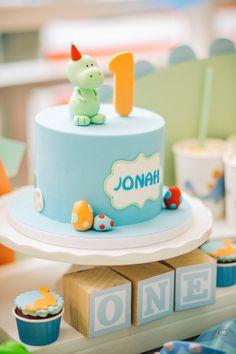 Dinosaur cake from a Modern Dinosaur Birthday Party Dinosaur First Birthday, Boys First Birthday Cake, Elmo Birthday, Modern Birthday Cakes, Boys 1st Birthday Party Ideas, Dino Cake, Dinosaur Cake, Dinosaur Party, Elmo Party
