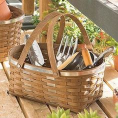 The Utility Baskets are pretty and practical! The galvanized detail reminds us of old-fashioned hardware stores and gleaming garden tools. This collection also takes a cue from J.W. Longaberger's orig