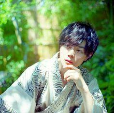 Masaki Suda Cute Asian Guys, Asian Boys, Japanese Love, Boy Illustration, Anatomy Poses, Anatomy Drawing, Drama Film, Love Movie, Asian Actors