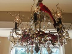 This is so pretty!   (HGTV Rate My space) Holiday Chandelier