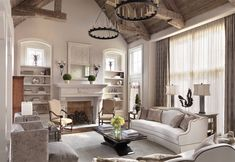 Traditional Living Room by Johnson Design Country Style Living Room, Country Style Furniture, Home Decor Furniture, French Style Sofa, French Cottage Style, French Country, Luxury Homes Interior, Interior Design, Luxury Rooms