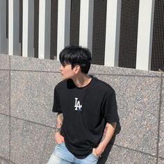 New korean fashion men casual guys ideas Korean Boys Ulzzang, Cute Korean Boys, Ulzzang Boy, Asian Boys, Asian Men, Cute Boys, Korean Fashion Summer, Korean Fashion Men, Korean Street Fashion