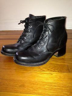 Amazing vintage Frye lace up black ankle boots size 8 5 by VTGRDX, $40.00