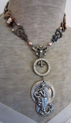 nymph vintage assemblage necklace with cameos por TheFrenchCircus
