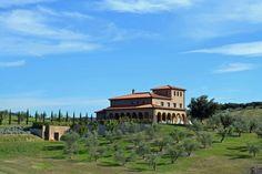 New ultra modern villa 15 mins from the sea