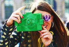 Anna Dello Russo with Chanel Lego clutch Anna Dello Russo, Tommy Ton, Chanel Clutch, Clutch Bags, Chanel Logo, Look Fashion, Fashion Bags, Purses, Accessories