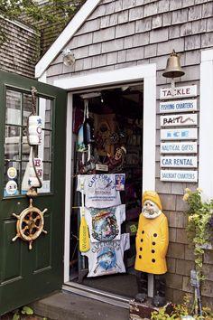 Martha's Vineyard, Massachusetts Day Trip | Yankee Magazine