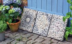 Dekorative Mosaik-Trittplatten aus Beton lassen sich mit wenig Aufwand selbst herstellen