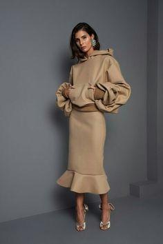 Johanna Ortiz Fall 2017 Ready-To-Wear