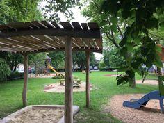 Die schönsten Spielplätze in Tulln Pergola, Outdoor Structures, Playground, Summer, Nice Asses, Ideas, Outdoor Pergola