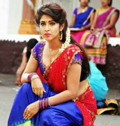 Most Beautiful Bollywood Actress, Indian Bollywood Actress, Indian Actress Hot Pics, Bollywood Girls, Indian Actresses, Beautiful Blonde Girl, Beautiful Girl Indian, Bollywood Hairstyles, Sonarika Bhadoria