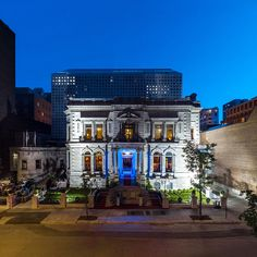 Le Mount Stephen in Montreal Leading Hotels, Tower House, Neoclassical, Stained Glass Windows, Old World, North America, Wanderlust, Scene, Canada