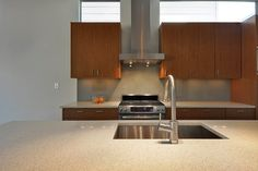 Barton Skyline #3 | Modern Home | Austin Homes | Modern Kitchen | http://www.riversidehomesaustin.com/