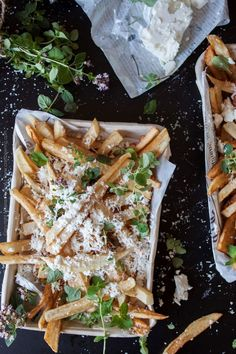 You need to have this recipe for hand cut fries with grated feta cheese and oregano. Greek Fries, Oregano Recipes, Hand Cut Fries, Cooking With Fresh Herbs, Unique Recipes, Ethnic Recipes, My Favorite Food, Summer Recipes, Food Inspiration