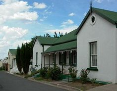 15 and Bell Street Farmhouse Architecture, Colonial Architecture, Barn Pictures, Old Farm Houses, Game Reserve, South Africa, Victorian, Cabin, House Styles