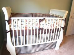 DIY custom crib bumpers. Complete tutorial. www.tommyandellie.com