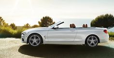The BMW 4 Series Convertible's fully lined hardtop can be raised or lowered in 20 seconds, even at speeds up to 11 mph. Fluid motion characterizes the operation, and integrated lighting and sound reduction give your interior a coupe feel.
