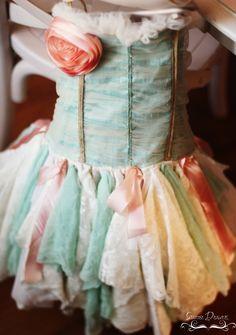 such a gorgeous little dress <3