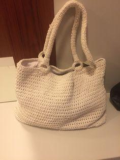 Crochet handbag Crochet Handbags, Crocheting, Burlap, Reusable Tote Bags, Totes, Tejidos, Tricot, Crochet Purses, Crochet
