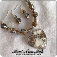 Resin pendants are so versatile and completely customisable to match your unique vision. Choose from silver plated, sterling silver and gold plated pendants holders & necklaces.  Visit the ONLINE STORE and navigate to the RESIN PENDANTS page to place your order.  www.momsownmilk.com/products @momsownmilk #momsownmilk  #breastmilkjewellery