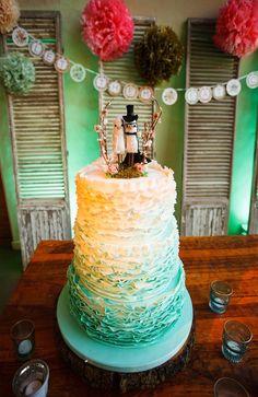 Caitlin + David | Barr Mansion | Austin, TX | Jake Holt Photography | Loot Vintage Rentals | Merveille Floral Design | Barr Mansion Cake | Pearl Events Austin Event Design | www.pearleventsaustin.com
