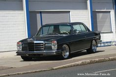 Exceptional Mercedes Youngtimer: Dash-eight QP: A Mercedes Youngtimer as he is not on every corner: 1973 Mercedes-Benz / 8 Coupe - car of the week - - Mercedes Benz Coupe, Mercedes W114, Old Mercedes, Classic Mercedes, Cars Vintage, Retro Cars, American Dream Cars, Reliable Cars, Custom Cars