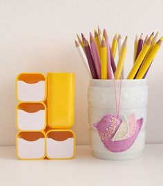 I used to have one of those yellow desk organizers when I was a kid - I used to put all my little cute erasers in it...ahh the 80's