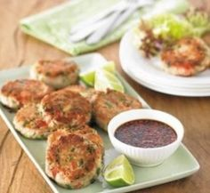Healthy Recipes: Thousands of perfect meals from Healthy Food Guide Tuna Fish Cakes, Fish Cakes Recipe, Crab Cakes, Lo Calorie Recipes, No Calorie Foods, Diet Foods, Cake Sizes And Servings, Cake Servings, Seafood Recipes
